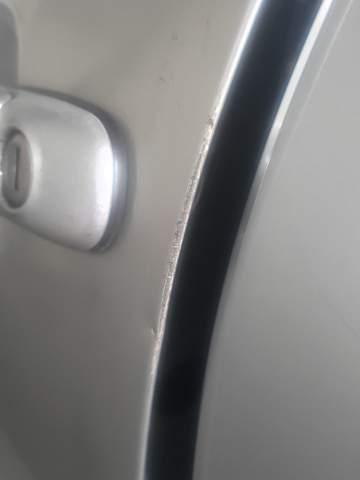 Welche Mittel helfen gegen Rost bei Schramme am Auto?