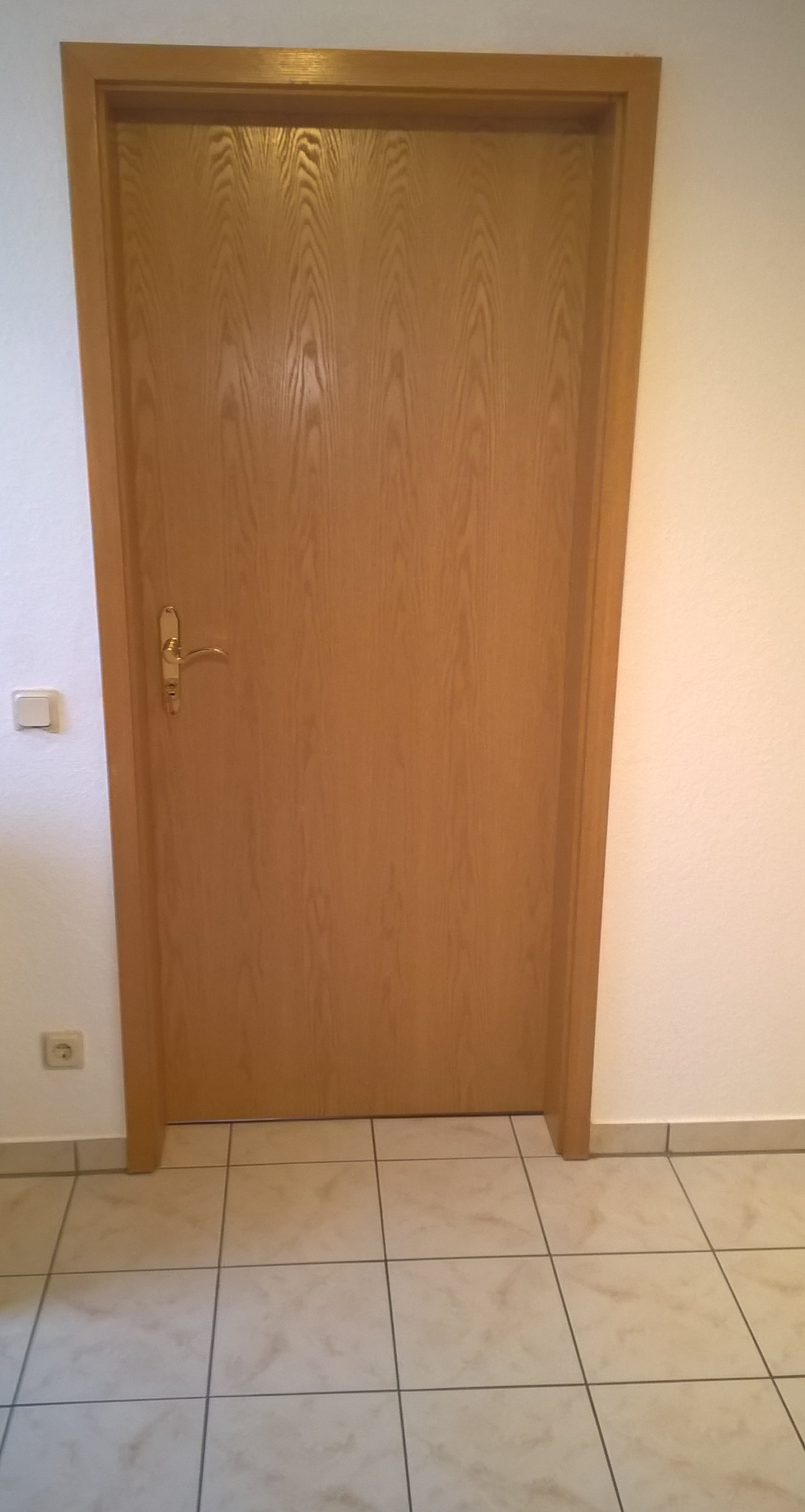 Welche Möbelfarben passen zu diesen Türen? (Wohnung, Einrichtung ...
