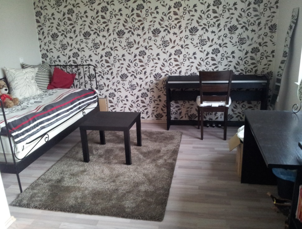 welche m belfarben passen zu meinen tapeten zimmer tapete. Black Bedroom Furniture Sets. Home Design Ideas