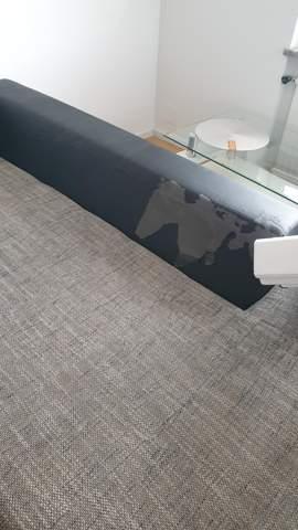 Welche Möglichkeit gibt es, so eine couch zu reparieren?