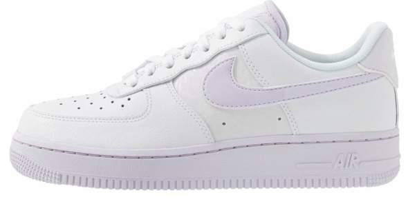 Welche Nike Air Force kaufen, weiss oder lilac?