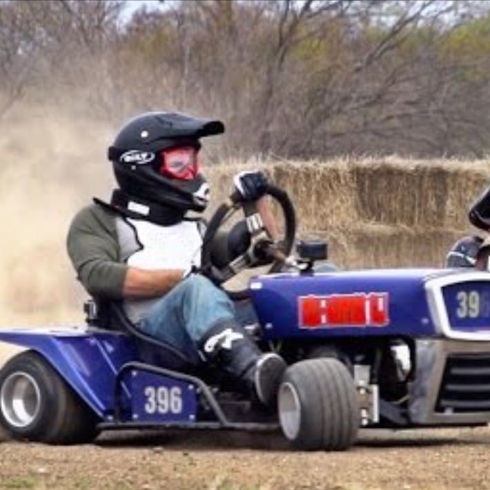 welche rasenm her marke ist f r lawn mower racing geeignet usa. Black Bedroom Furniture Sets. Home Design Ideas