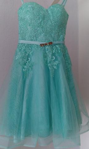 Das Kleid - (Mode, Schuhe, Abschluss)