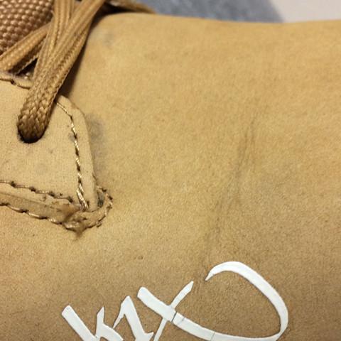 Da ist das zeichen - (Schuhe, Klamotten, Style)