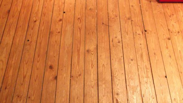 So sieht der Holzfußboden aus - (Badezimmer, Fliesen)