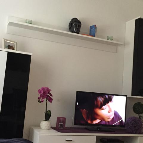 welche wandfarbe f r mein wohnzimmer gestaltung maler. Black Bedroom Furniture Sets. Home Design Ideas