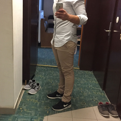 Schwarz - (Mode, Kleidung, Schuhe)