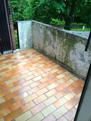 welchen farbton f r diesen balkon farbe streichen. Black Bedroom Furniture Sets. Home Design Ideas