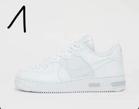 Welchen Schuh findet ihr schöner?
