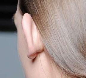 Ohr und Haarfarbe - (Mädchen, Haare, Beauty)