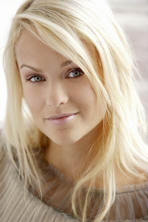 Bild 2 - (Haarfarbe, färben, blond)