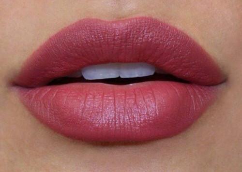 :) - (Farbe, Lippenstift)