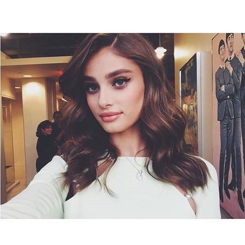 Taylor  - (Mac, Kosmetik, Make-Up)
