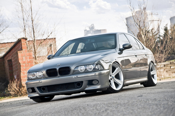 BMW 523i e39 - (Auto, Design, Tuning)