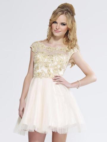warbe weiß, bestickung gold - (Kleid, Meinung, Rat)