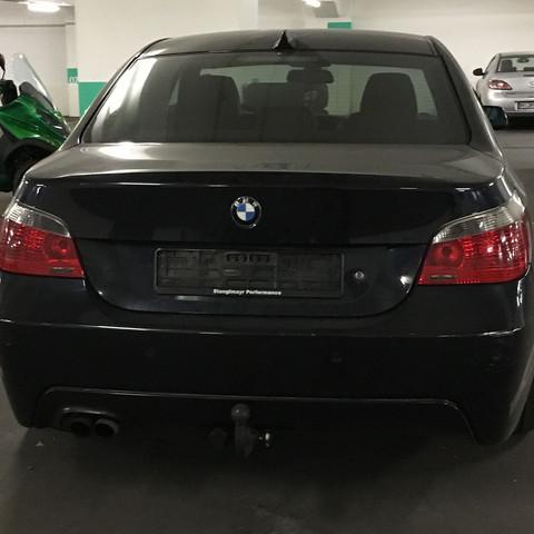 ....x - (Auto, Model, BMW)