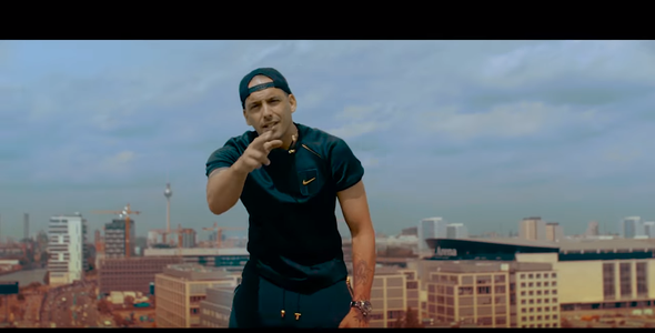 Raf Camora - (Nike, T-Shirt, Straßenbande)