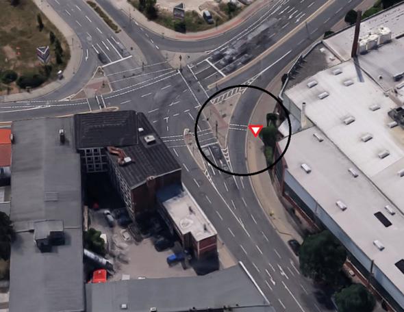 Die Kreuzung - (Auto, Führerschein, Verkehr)