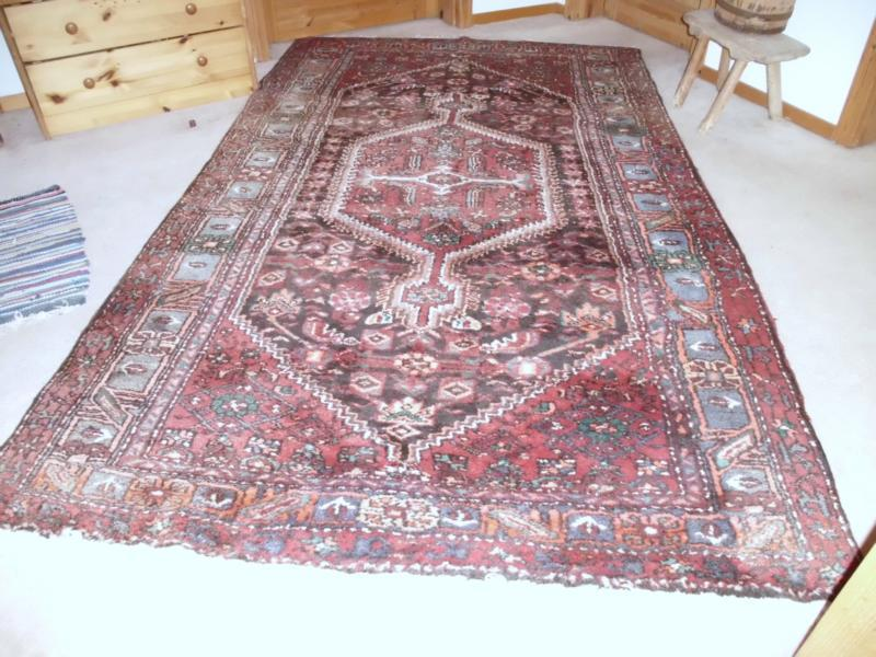 Wer kann diesen Teppich bestimmen? (Orientteppich)