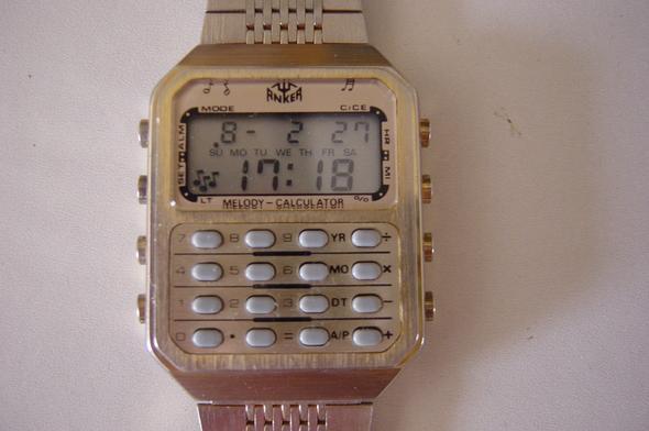 Wer kann helfen, bitte um Info über diese Uhr und Bedienungsanleitung.?