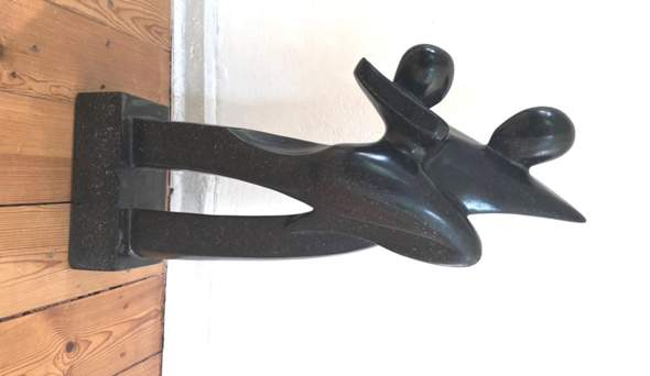 Wer kennt den Schöpfer dieser Skulptur?