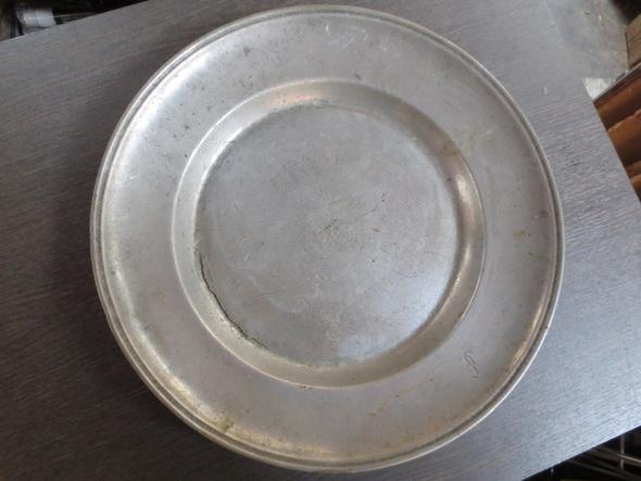 Wer kennt sich mit Stempel in Zinn Gold Messing Silber aus? Was ist das und von Wem?