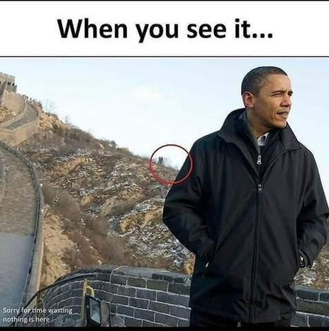 Wer oder was ist das im Hintergrund?