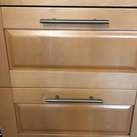 Wer weiß wo ich Türen und Schubladen für diese Küche bekomme?
