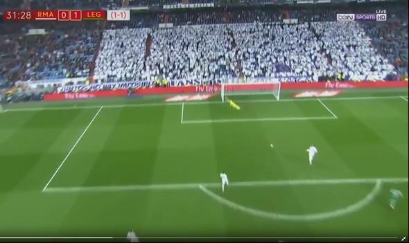 Werden Die Real Madrid Fans Hinter Dem Tor Bezahlt Fussball