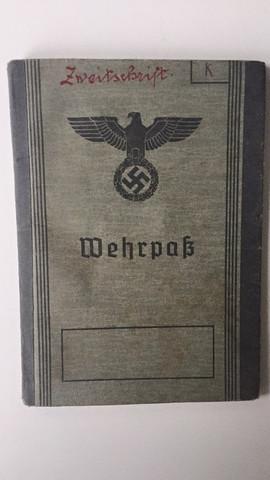 Wehrpass aussen - (2.Weltkrieg, Militaria)