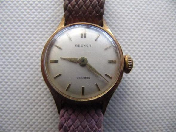 Nummer 3 (Becker) - (Uhr, Wert, schätzen)