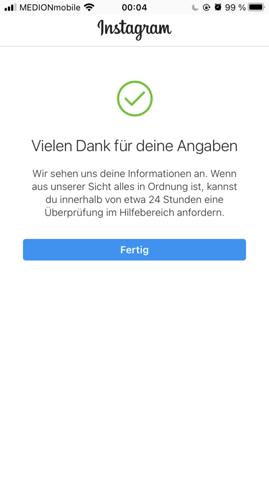 - (Handy, Instagram)