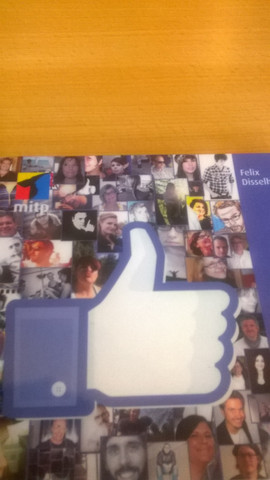 ... - (Internet, Handy, Facebook)