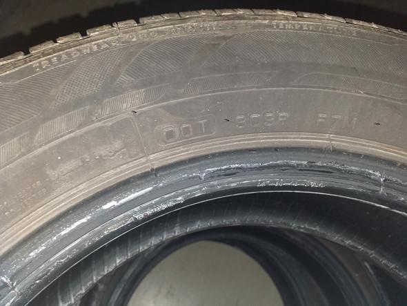 - (Auto, Reifen, PKW)