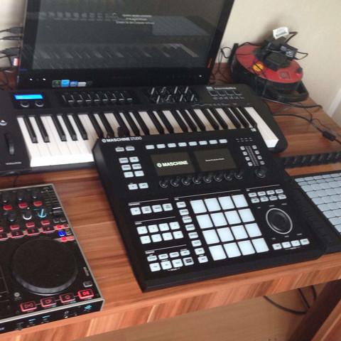 Equipment  - (DJ, einrichten, Equipment)