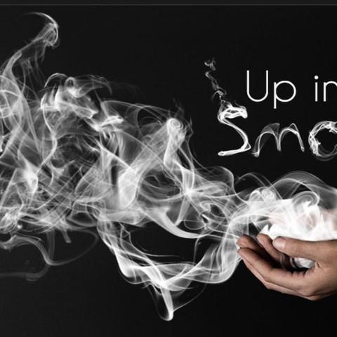 der Rauch ist in den Händen  - (Bilder, ebenen, picsart)