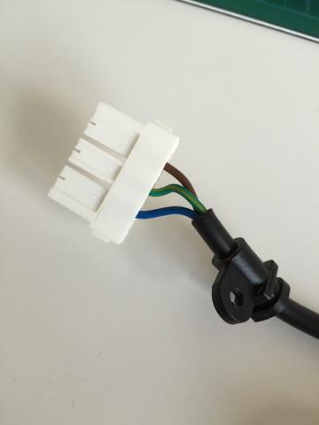 wie bekomme ich diesen stecker ab netzstecker steckverbindung samsung tv elektronik. Black Bedroom Furniture Sets. Home Design Ideas