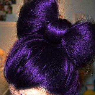 wie bekomme ich dieses lila haare haarfarbe f rben. Black Bedroom Furniture Sets. Home Design Ideas