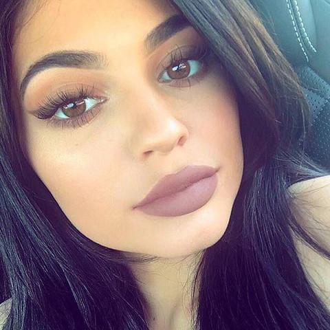 Wie bekomme ich dieses Make-up  hin (siehe Bild)?