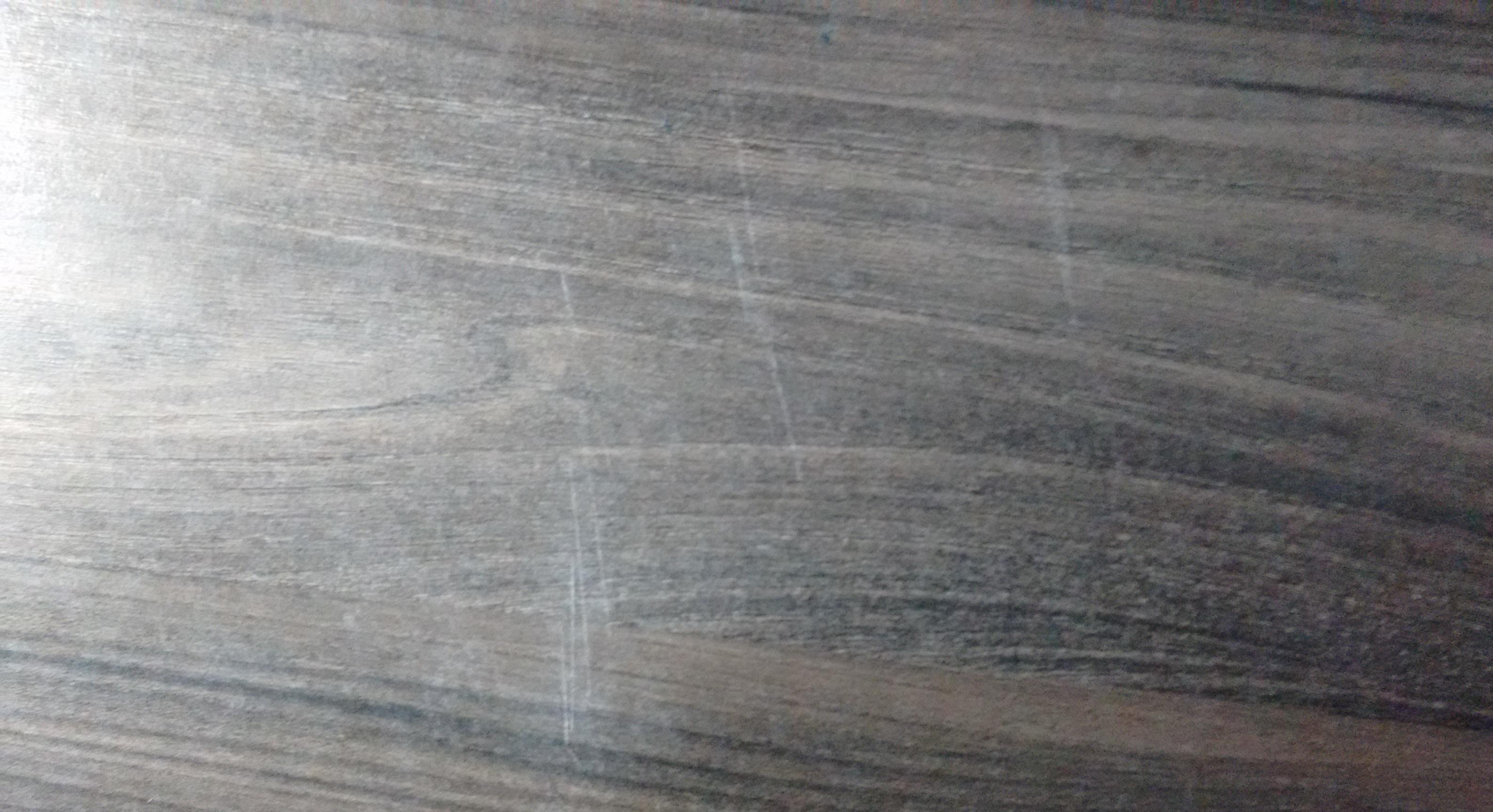 Wie bekomme ich Kratzer aus meiner Holzplatte heraus? (Küche, Holz ...