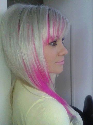 wie bekomme ich meine haare so hin blond und drunter pink