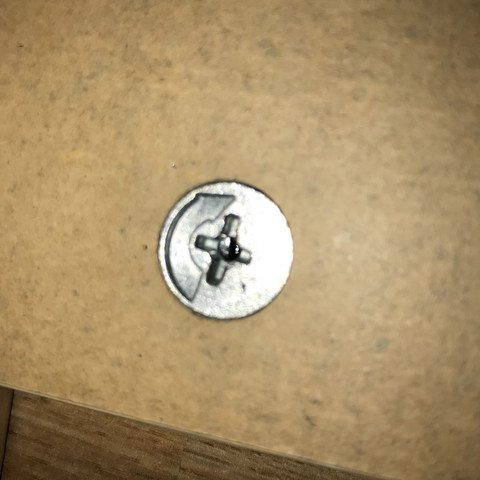 Wie Bekomme Ich Meinen Ikea Schreibtisch Abbauen Werkzeug Schrauben