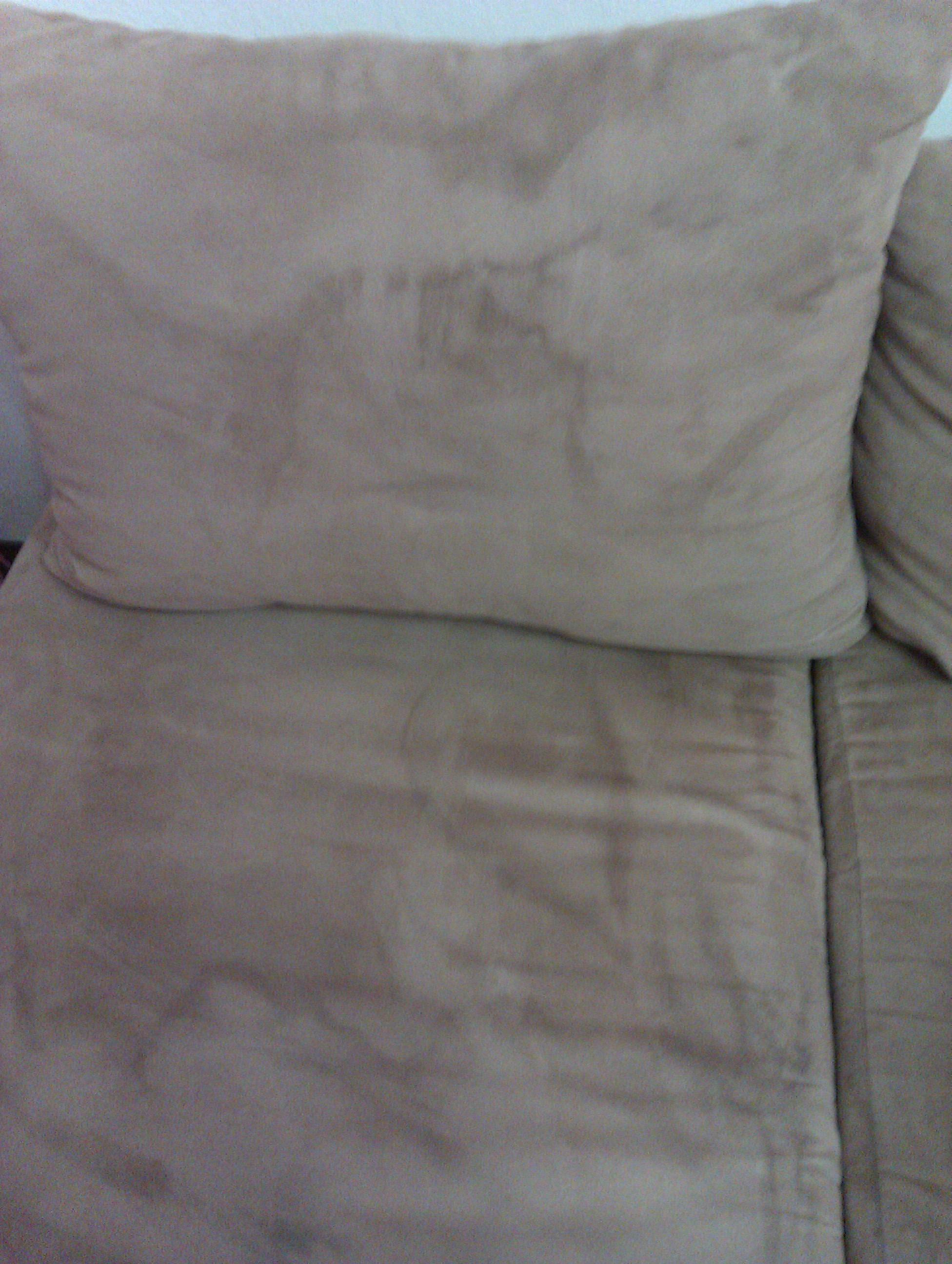 wie bekomme ich schnell wasserflecken aus meiner microfaser couch reinigung. Black Bedroom Furniture Sets. Home Design Ideas