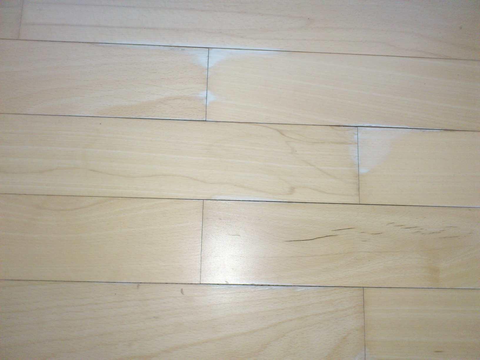 Holzfußboden Wasserflecken ~ Wasserflecken parkett geölt wasserflecken im parkett entfernen