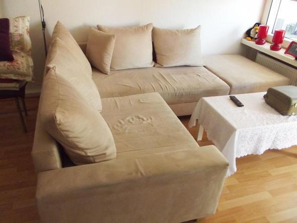 wie bekommen ich die couch wieder sauber reinigung sofa. Black Bedroom Furniture Sets. Home Design Ideas