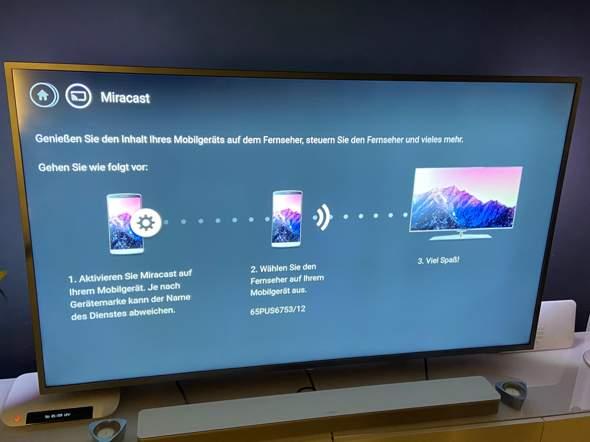 Wie bekommt man den Fernseher mit dem Laptop verbunden?