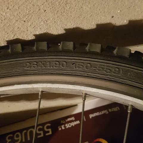 Wie bekommt man dünne Fahrradreifen?
