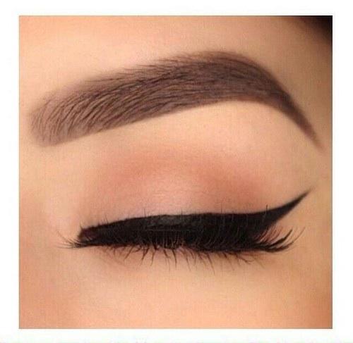 wie bekommt man solche geilen augenbrauen schminken eyebrows on fleek. Black Bedroom Furniture Sets. Home Design Ideas