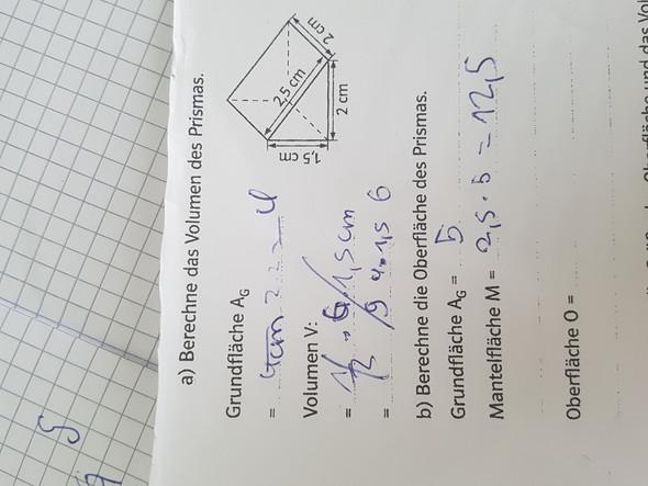 - (Mathe, berechnen, Prisma)