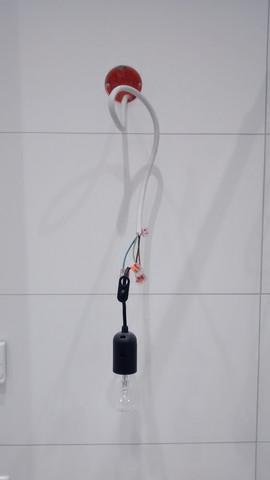Bild der Badwand. - (Handwerk, Lampe, Bad)